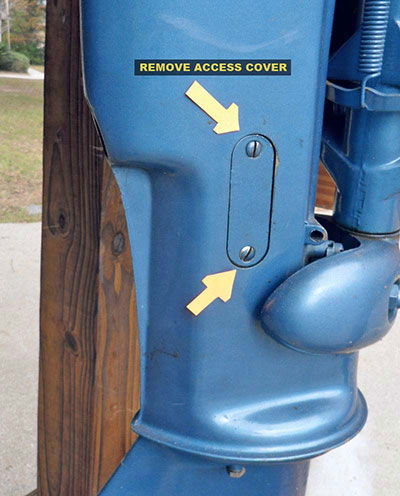 Evinrude 10 HP 1960 shift access cover